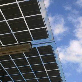 Hoe staat het nu met Enschede Wekt Op? Deze blog laat zien wat nu wel en niet waar is van de verhalen die je hoort over duurzame energie in Enschede.