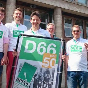 Fietsestafette 50 jaar D66